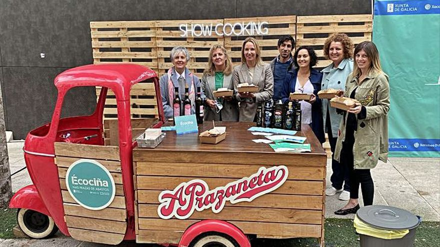 """El """"foodtruck"""" que promociona las plazas de abastos gallegas llega a Baiona"""