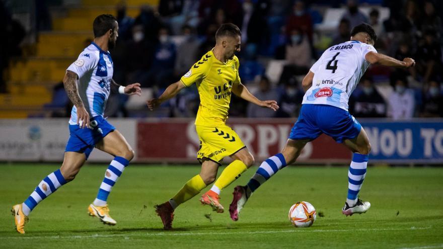 El Alcoyano se aprovecha de un nefasto UCAM Murcia (3-2)