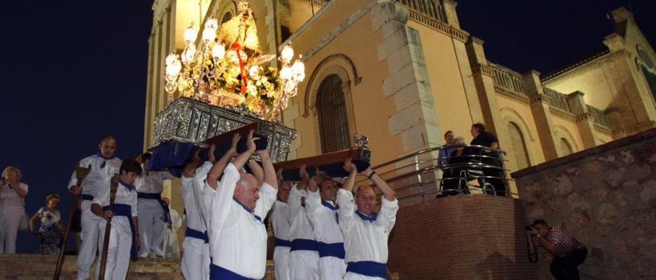 El Papa Joan Pau II, hui santificat, junt a l'alcalde Paco Blasco, el 8 de novembre de 1982.