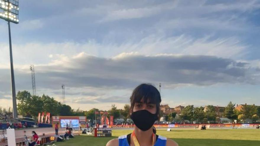 Asturias salva los nacionales de atletismo con el oro de Beatriz Álvarez en los 5.000 metros