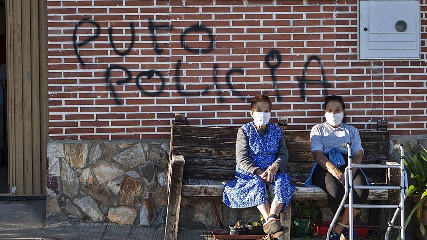 Aparecen más pintadas ofensivas en casas de policías de La Alberca en Zamora
