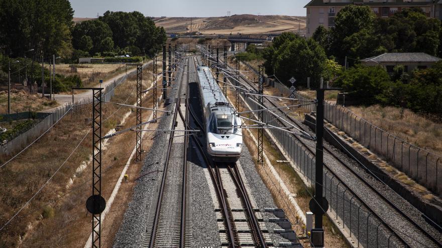 Adif adjudica la mejora de taludes y trincheras en la red ferroviariadel noroeste, incluyendo Zamora