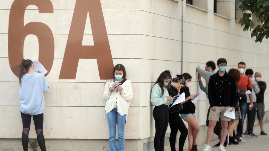 590 casos nuevos y cinco muertes por coronavirus en la Comunitat Valenciana