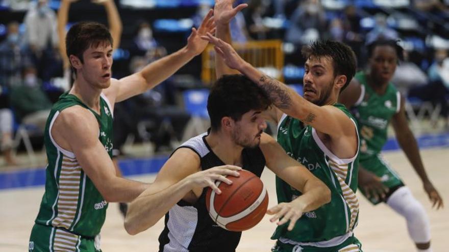 Baloncesto: El Unicaja Banco Oviedo cierra la pretemporada con buenas sensaciones