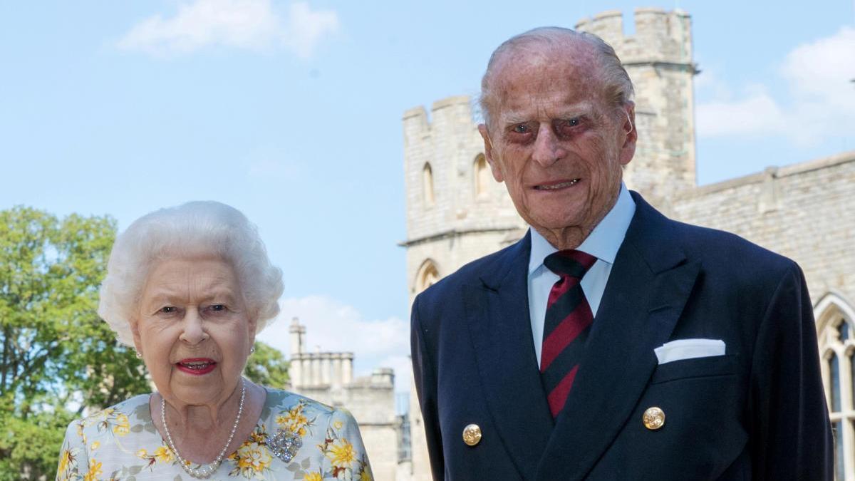 El duque de Edimburgo y la reina Isabel II.