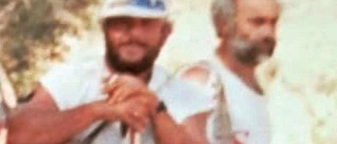 Pepe Luis Armas, a la izquierda, junto a Guillermo Alonso, durante una jornada de cacería. | | LP/DLP