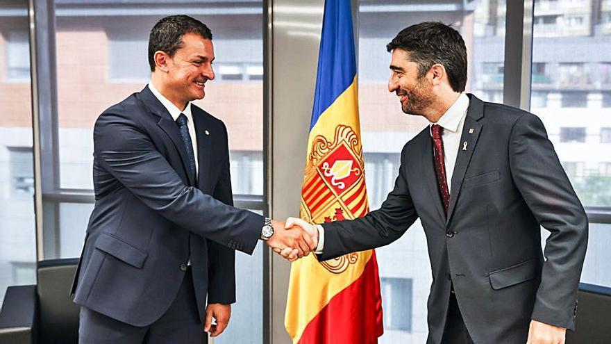 L'aeroport de la Seu d'Urgell tindrà vols regulars a Madrid, París i Lisboa