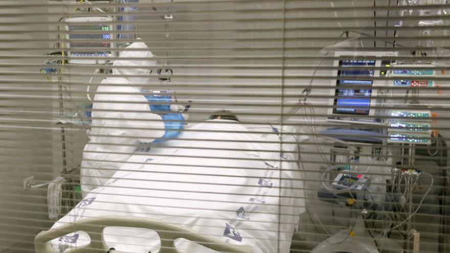 L'augment de casos comença a repercutir en els hospitals