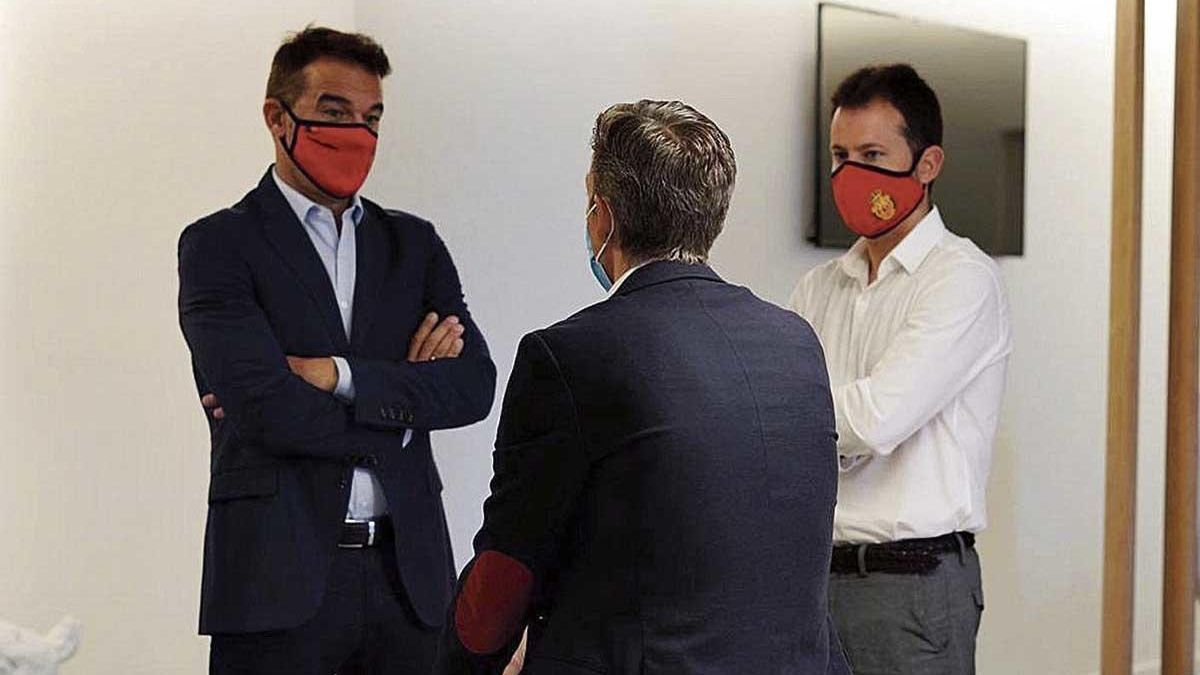 Pablo Ortells, Alfonso Díaz y Luis García Plaza encabezan el nuevo proyecto bermellón.