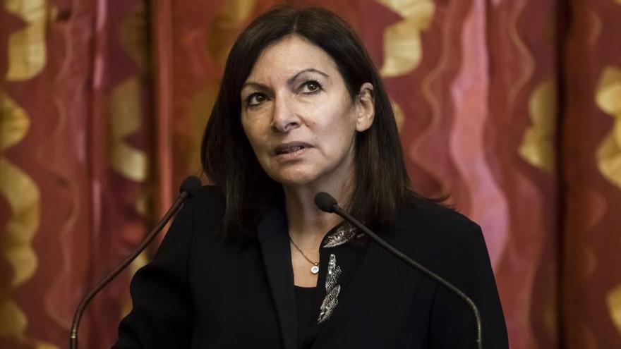 Multa de 90.000 euros a la Alcaldía de París por tener a muchas mujeres directivas