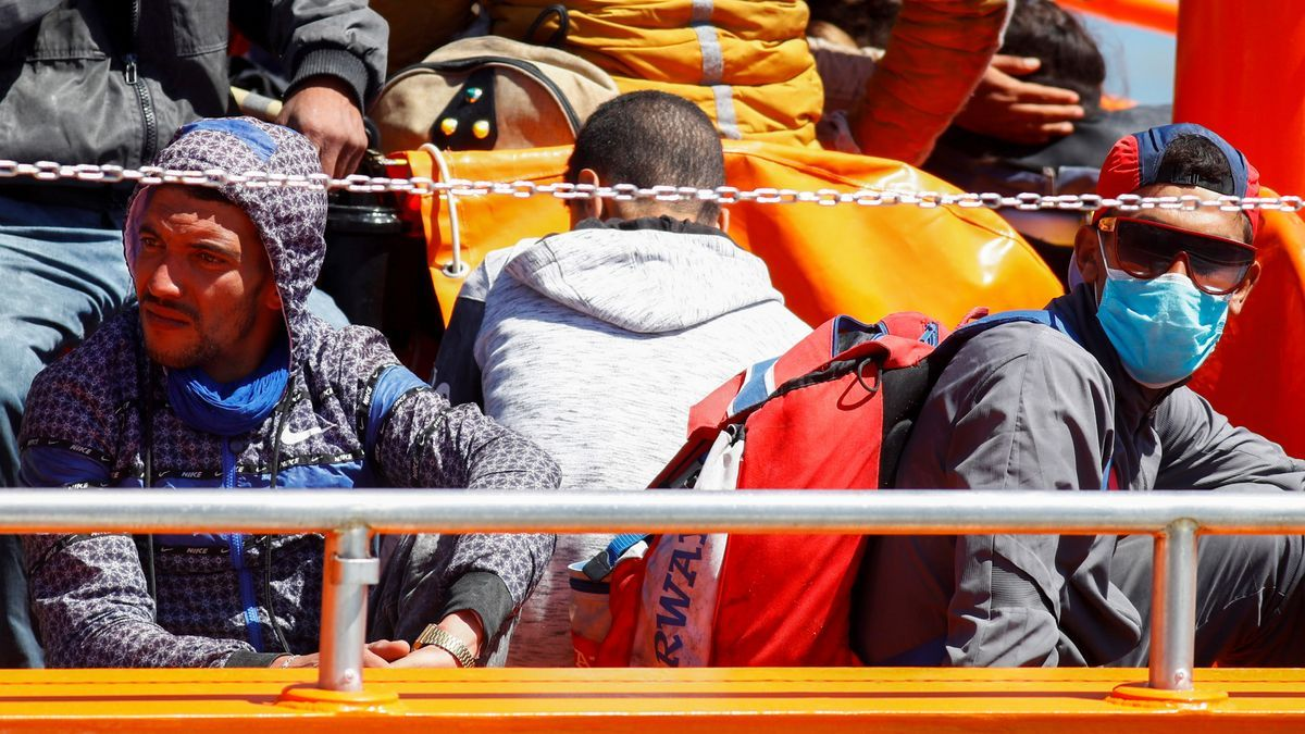 Migrantes llegando a las islas de Gran Canaria.