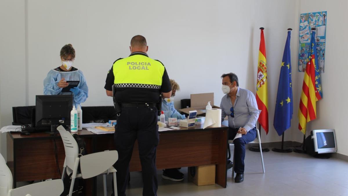 77 test con resultado negativo al coronavirus en Sant Joan d'Alacant