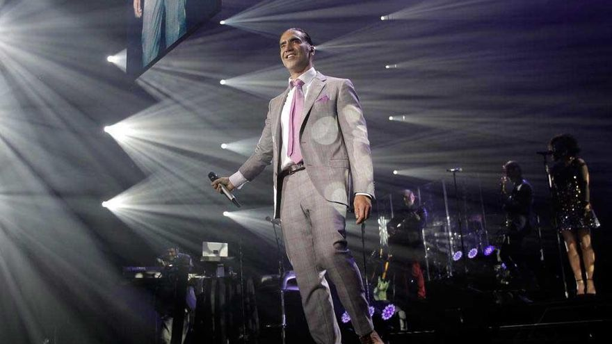 Alejandro Fernández comienza la gira que lo traerá al Coliseum el próximo día 25