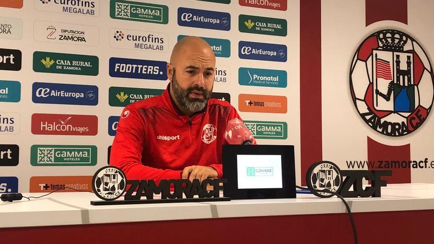 """David Movilla: """"Nunca me he enfrentado a un equipo con tanto potencial ofensivo como el Compostela"""""""