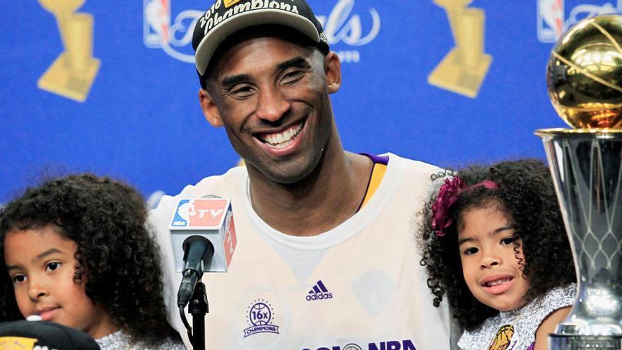 La subasta de objetos de Kobe Bryant incluirá el anillo de campeón