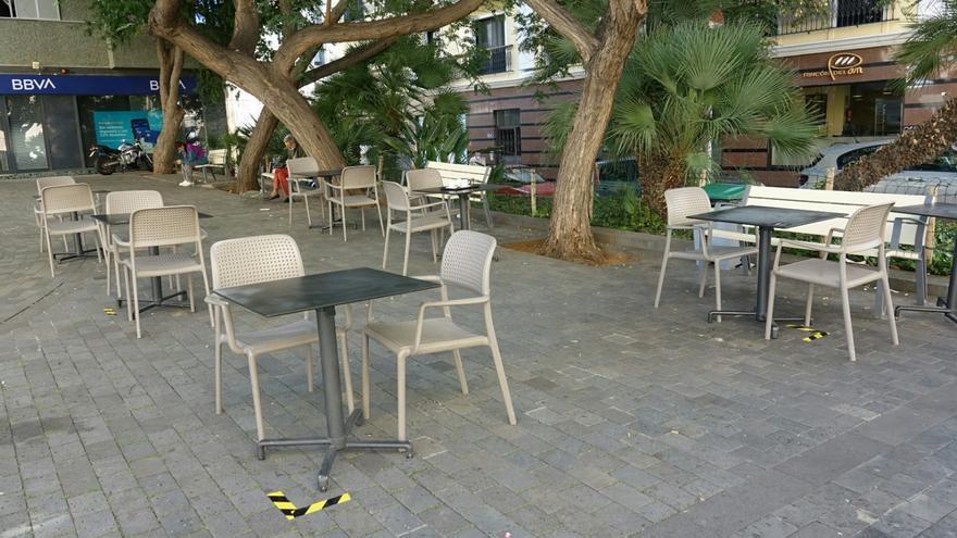 Casi 130 negocios piden ampliación o nueva terraza tras el decreto de Bermúdez