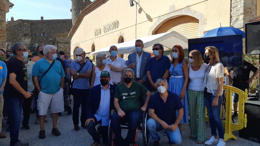 Veïns i institucions de l'Alt Empordà protesten contra els projectes eòlics a l'Albera