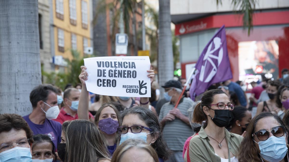 Concentració a Tenerife contra la violència de gènere