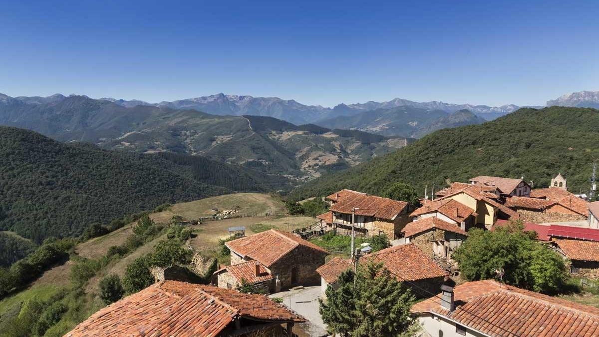 El Valle de Liébana y los Picos de Europa.