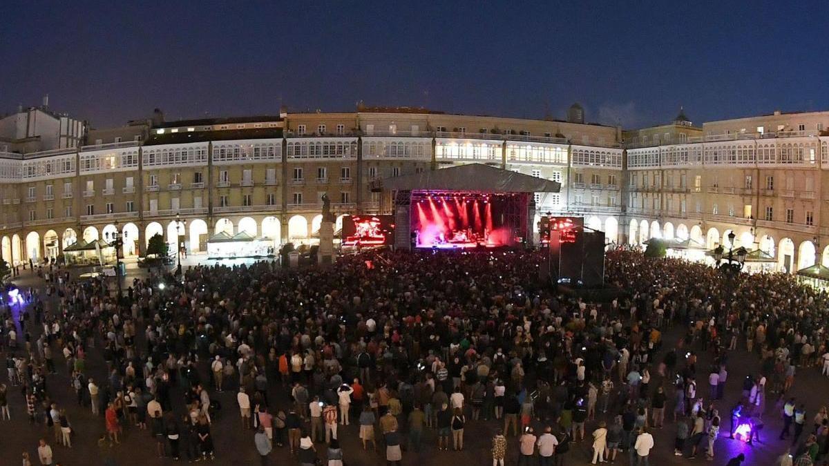 Concierto en plaza de María Pita.
