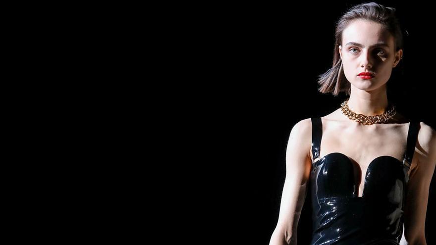 Saint Laurent y Brioni dejarán de utilizar pieles en sus colecciones