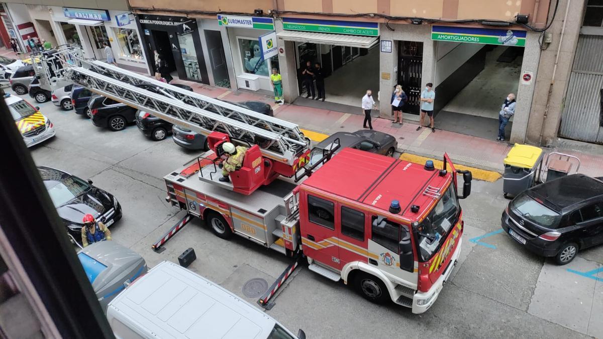 Los bomberos, hoy en Novoa Santos.