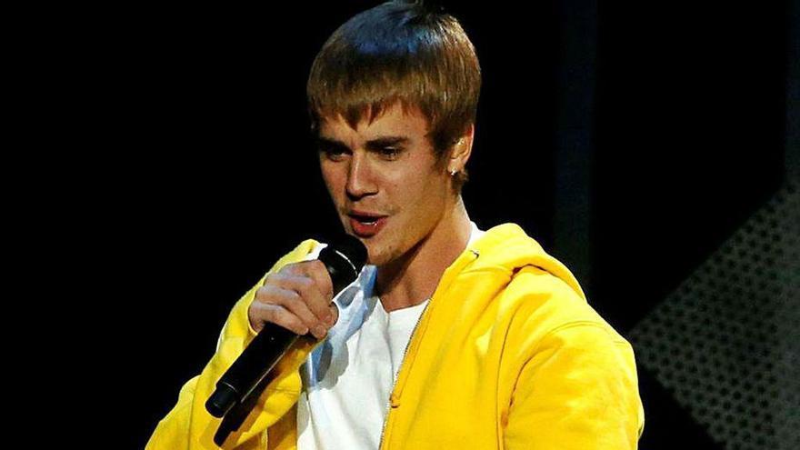 Justin Bieber, acusado de abusos sexuales