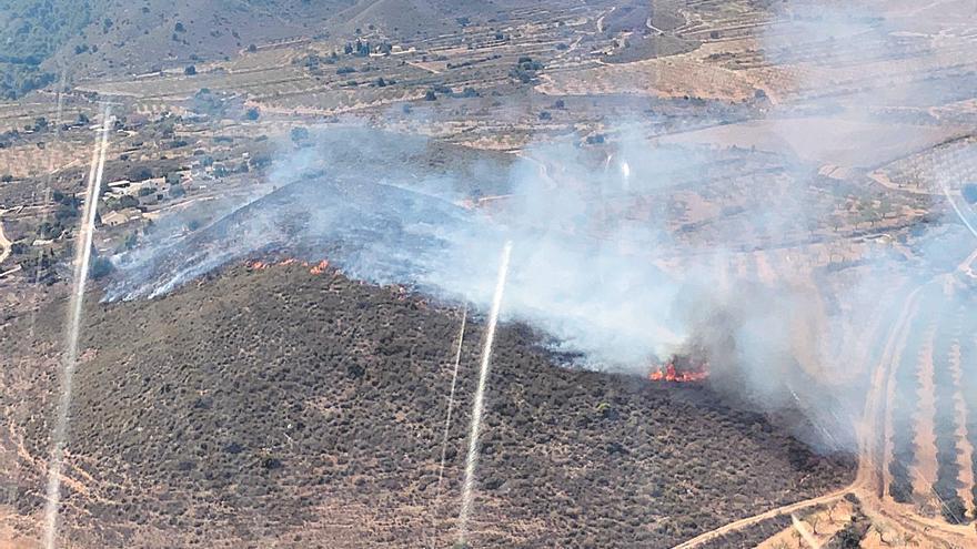 Un incendio en Mazarrón arrasa con 2,3 hectáreas