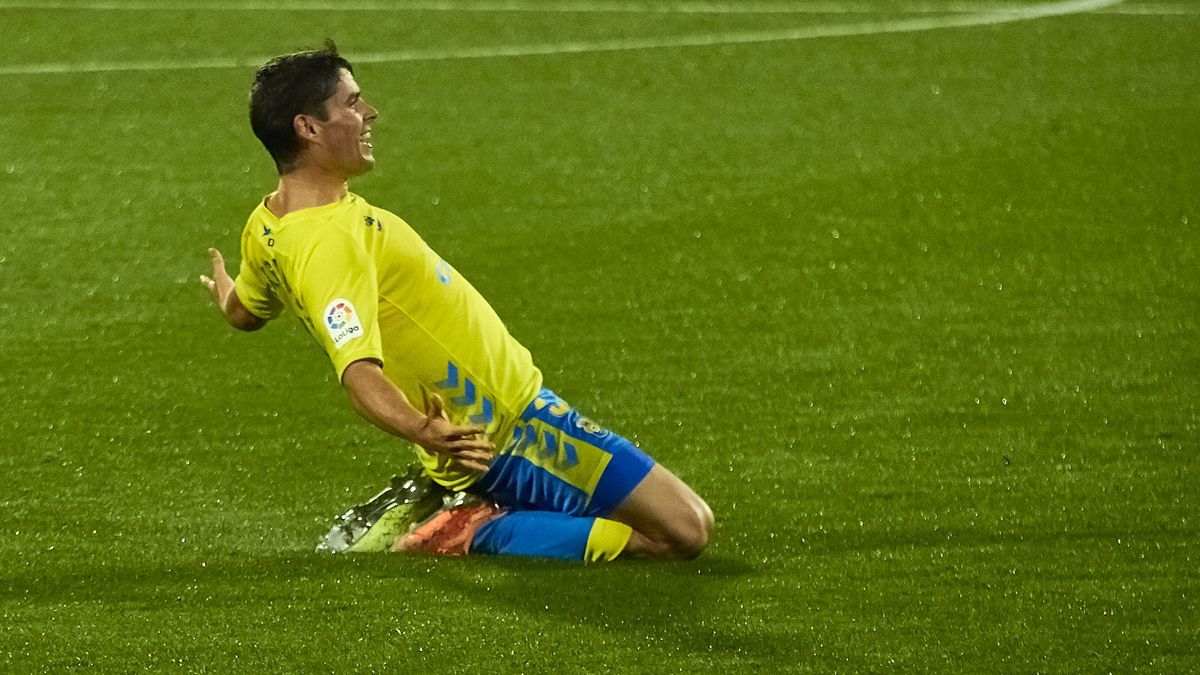 Sergio Ruiz celebra su gol al Girona.