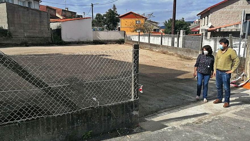 Campelo estrena una zona para aparcar de 30 plazas en vísperas de la Festa da Ameixa