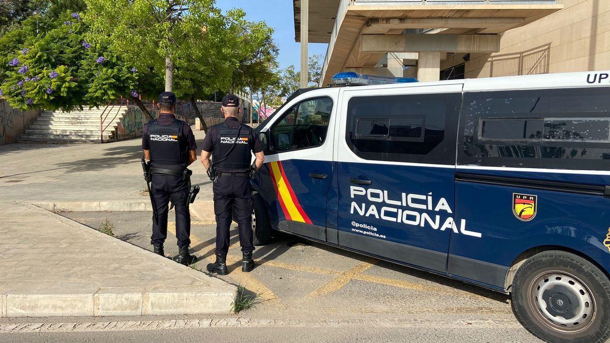 Imagen de la Policía Nacional en el lugar de los hechos.