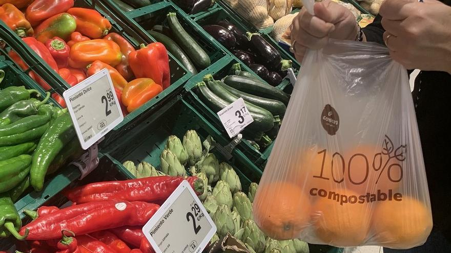 Consum elimina más de 1.300 toneladas de plástico