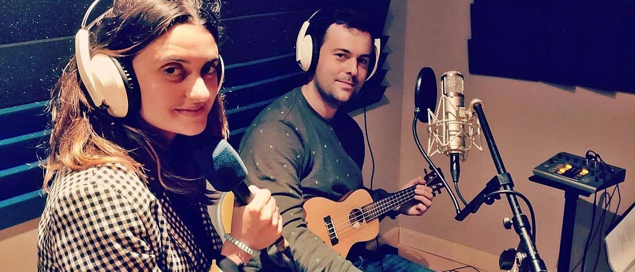 Silvia Moreno y Fernando Valle Roso, durante la grabación del disco.
