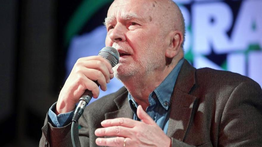 Muere el poeta polaco Adam Zagajewski