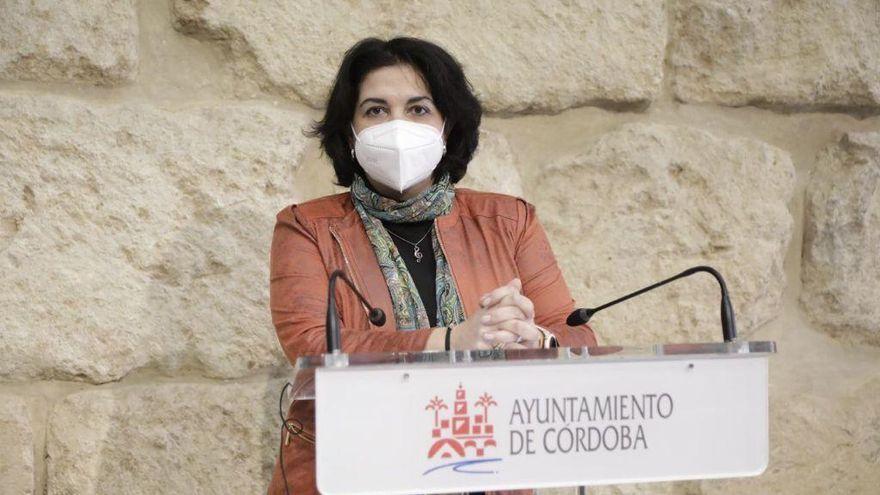 Inician un expediente para aclarar si Eva Timoteo debe devolver dinero al Ayuntamiento de Córdoba