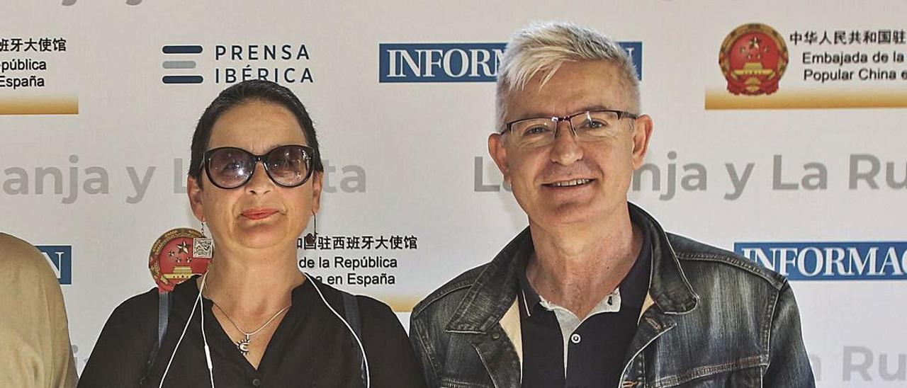 Consuelo Navarro y Paco García, en un acto organizado por INFORMACIÓN.