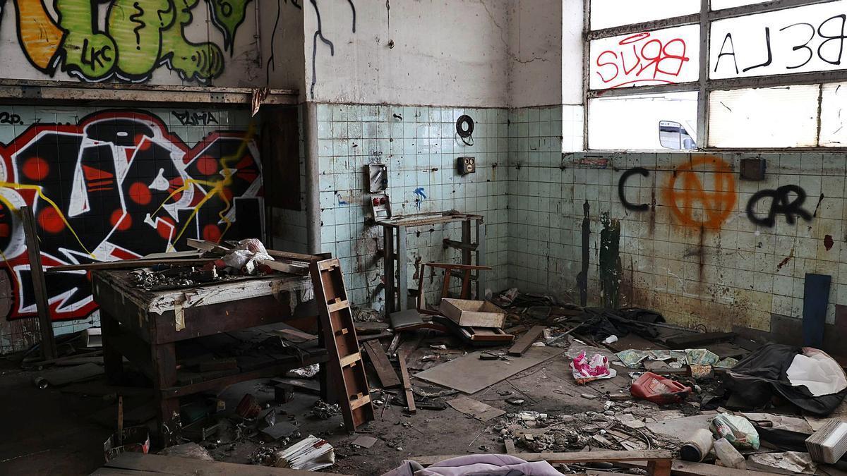 Interior de la antigua  Frigoríficos Berbés. |  // ALBA VILLAR