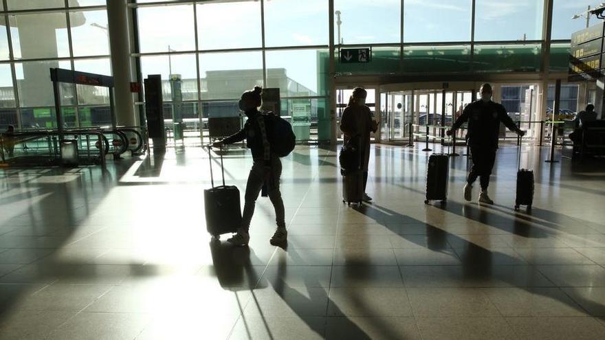 Multen sis espanyols a Roma per viatjar amb falses PCR