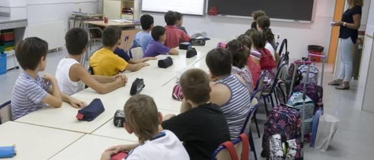 Xàtiva asumirá la comida y la cena de 35 menores en riesgo en las vacaciones de Navidad