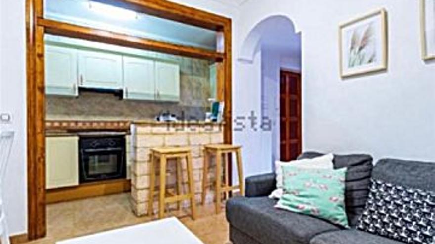 650 € Alquiler de piso en Inca (Inca), 3 habitaciones, 1 baño...