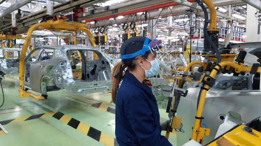 Stellantis confirma la tercera fábrica de baterías para Italia e inversiones por 30.000 millones