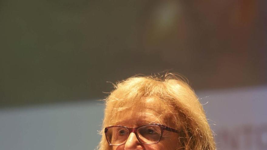Carmen Aranegui recibe el premio Lluís Guarner por su labor arqueológica