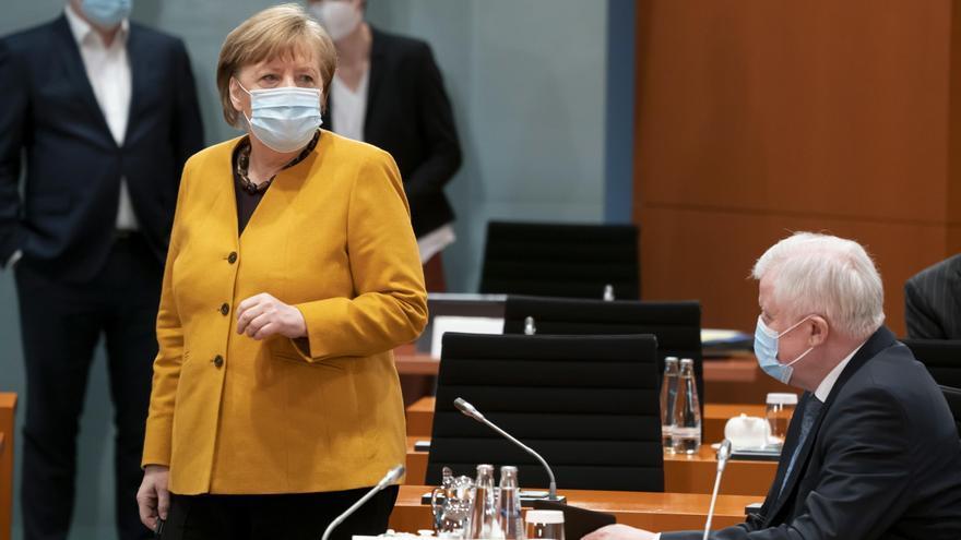 Merkel cede ante las críticas y anula el confinamiento estricto pactado para Semana Santa