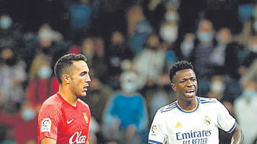 La afición del Mallorca estalla por el comportamiento de Gayà tras el partido