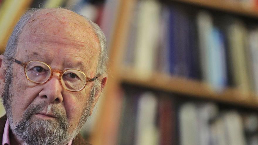Muere Caballero Bonald: el poeta elegante e indignado