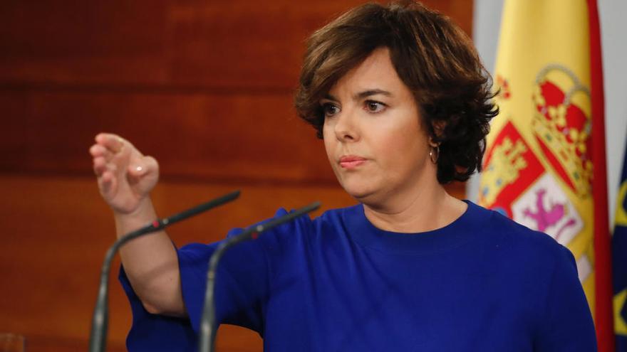 Santamaría asume las funciones de Puigdemont