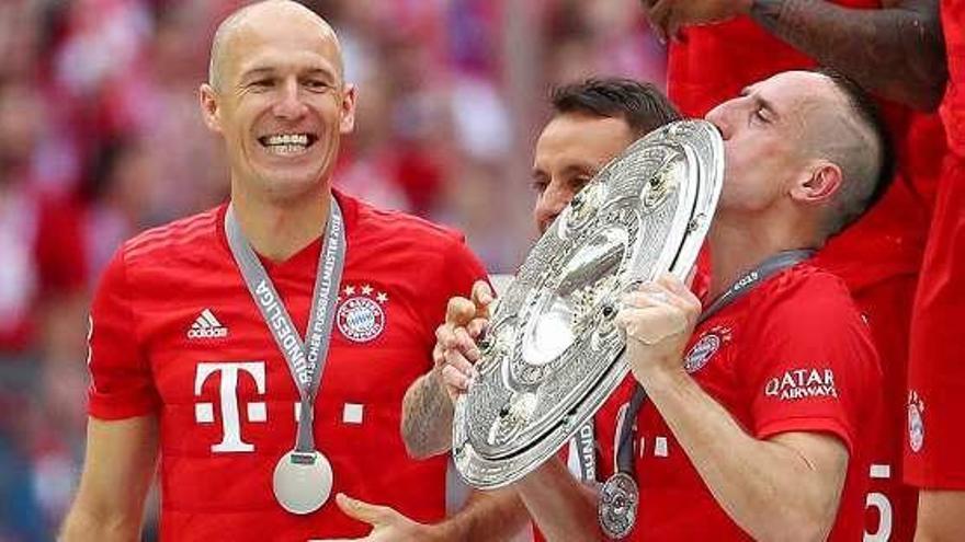 Robben y Ribery disfrutan de su última Bundesliga con el Bayern Munich