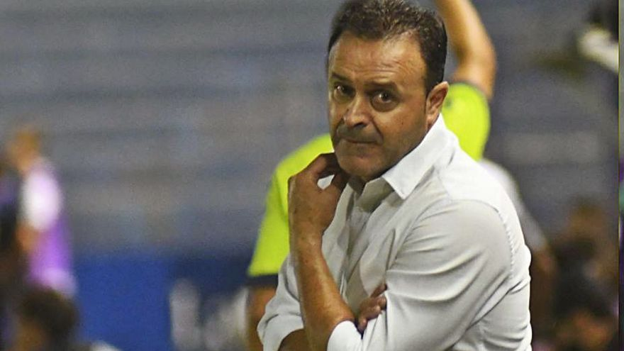 Salmerón mantiene al UCAM Murcia en periodo de pruebas