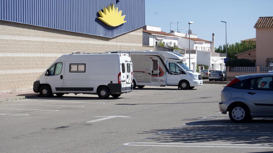 Els regidors no adscrits de Figueres ofereixen una solució a les autocaravanes