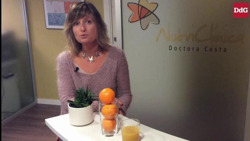 És millor prendre la fruita sencera o en suc?